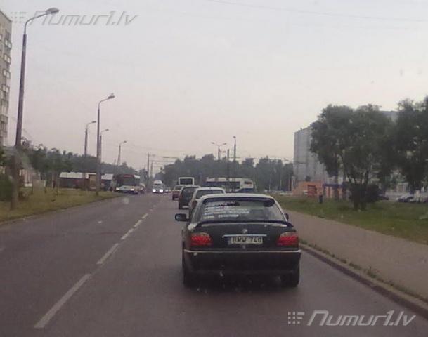 Numurbilde BMW 740